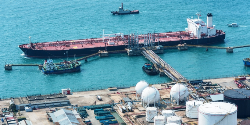 Oil and gas terminal